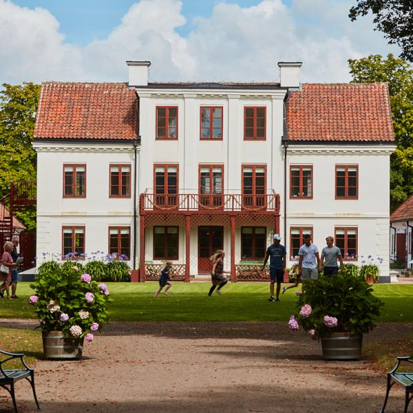 Fredriksdal museer och trädgårdar